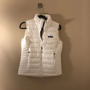 Patagonia womens Down Sweater Vest white